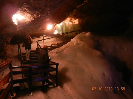 Dachstein Giant Ice Caves: ice cave