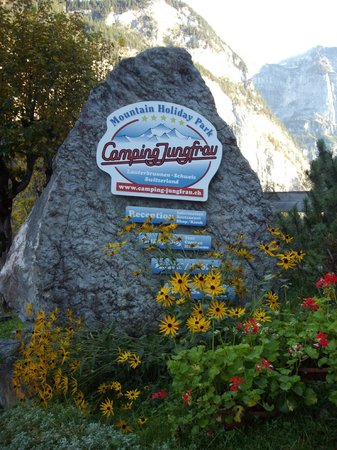 Camping Jungfrau: The entry to the park