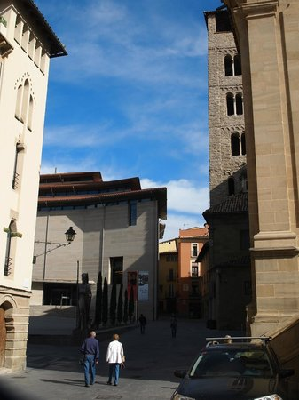 Museo Episcopal de Vic: The museum in its setting.