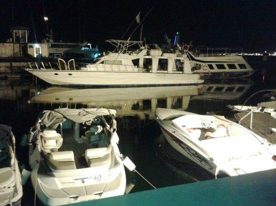 Romero: Яхт-Клуб