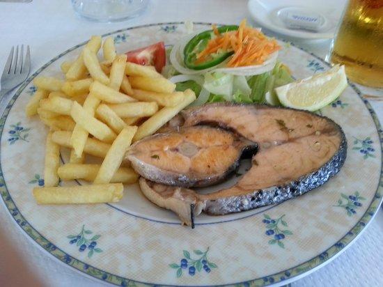 Mr. Bep's: Salmon at Mr Beps - 5.9 Euros