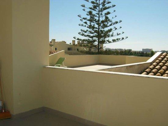 Parque Mourabel Apartments: Terrace