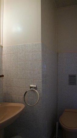 La Villa Saint Pierre: Bath