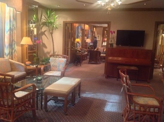Casablanca Hotel by Library Hotel Collection: Lounge/Breakfast area at the Casablanca Hotel NYC