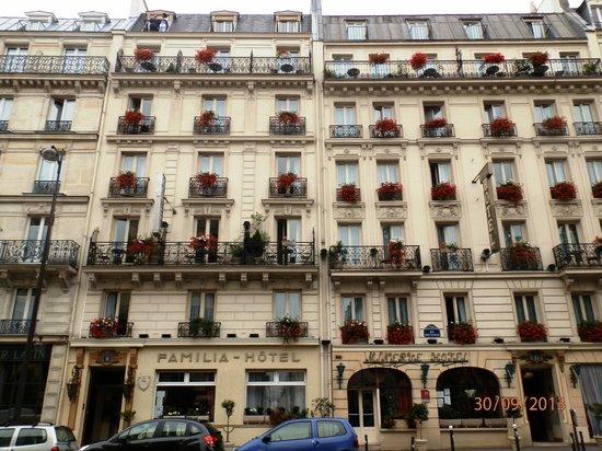 fachada picture of familia hotel paris tripadvisor. Black Bedroom Furniture Sets. Home Design Ideas