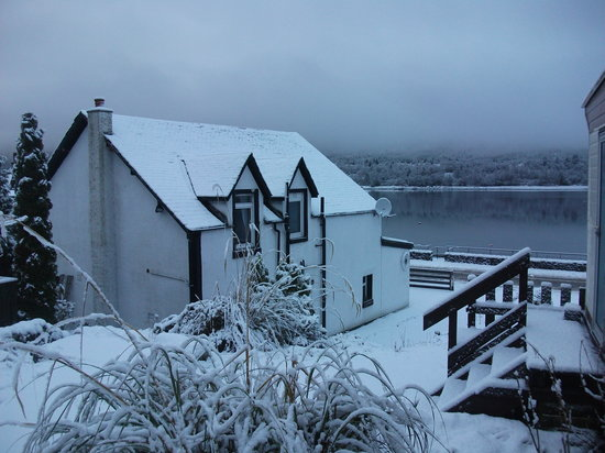 Seabank B&B: Winter snow