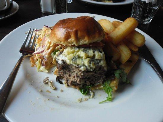 The Lamplighter: Stilton burger