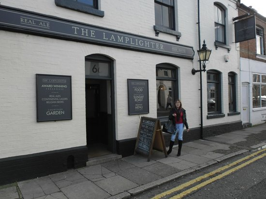 The Lamplighter: Double yellow lines, no parking