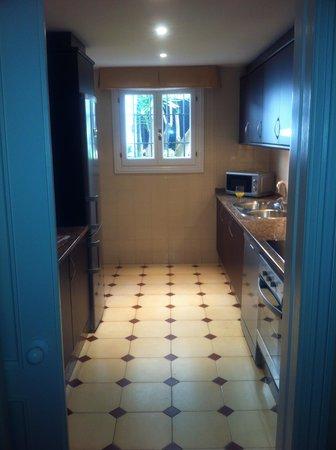 Alanda Club Marbella: kitchen again