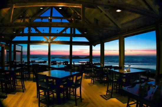 Kwisitis Feast House Restaurant: Killer sunsets guaranteed