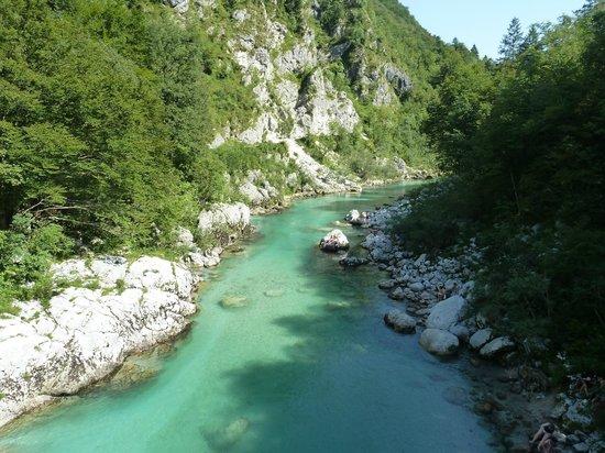 L Isonzo Il Fiume Di Smeraldo Foto Di Bovec Regione