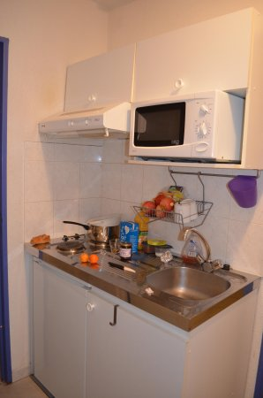 Residence Les Cordeliers: la kitchenette