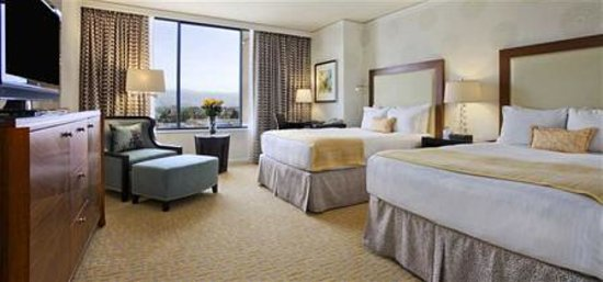 Fairmont San Jose: Room