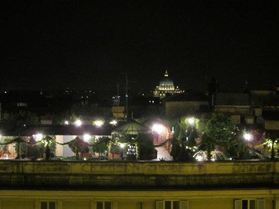 Colonna Palace Hotel: Vista nocturna desde la terraza