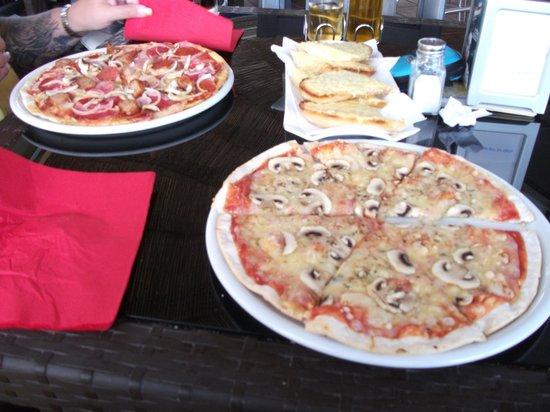 Splash Bistro: our pizzas