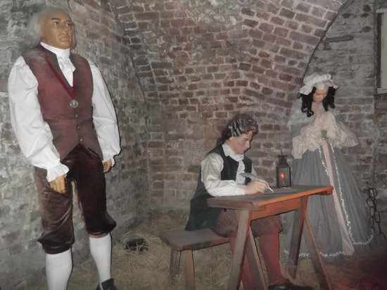 Old Exchange & Provost Dungeon: Wax prisoners in the dungeon