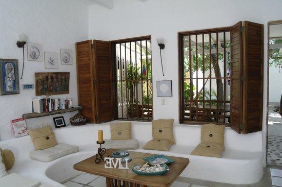 Posada Mediterraneo: Hall