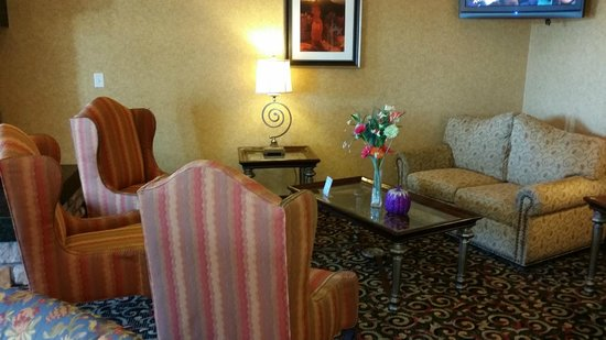 Comfort Inn & Suites Cedar City: Sitting/Wait Area
