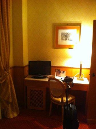 Hotel Clodio: Postazione lavoro