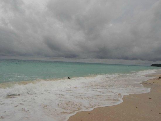 La Isla Bonita Resort: boracay white powdery beach... Superb!!!