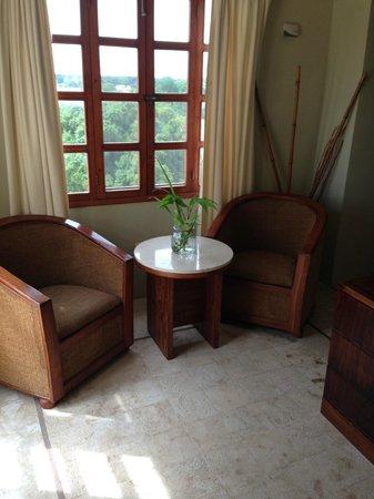 El Meson del Marques: Suite Sitting Area