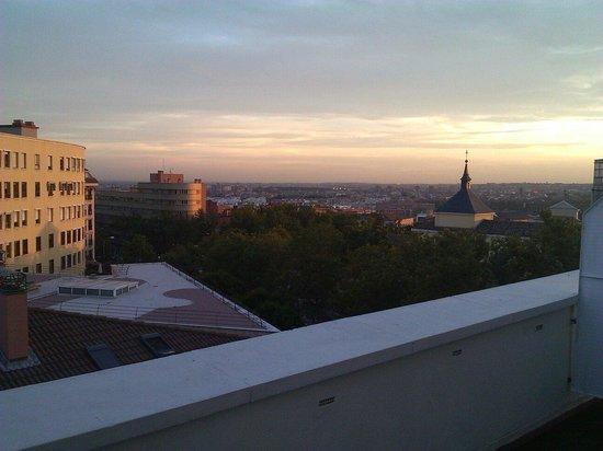 HRC Hotel: Evening over La Latina