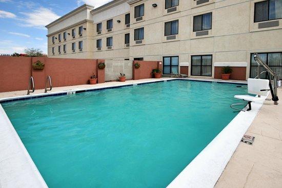 Comfort Suites Barstow Hotel