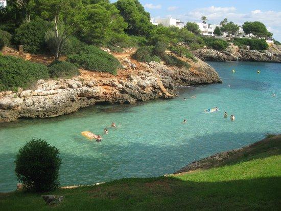 Gavimar La Mirada Club Resort: Beach close bye