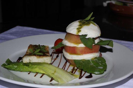 Bonita Inn: Tomato Mozzarella