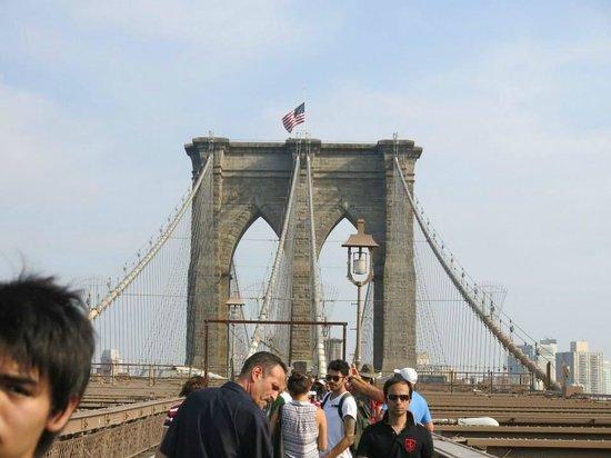 Brooklyn Bridge: Vista do Meio da Ponte
