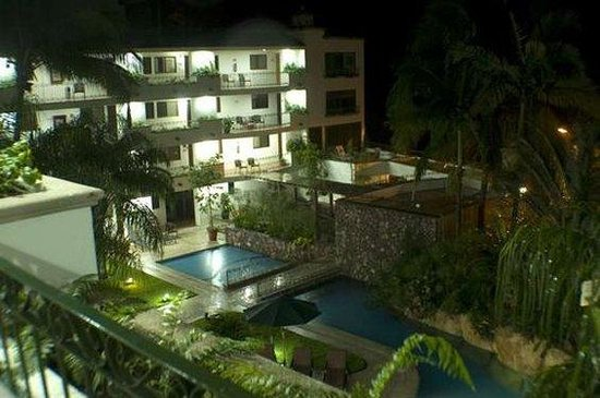 Casa Iguana Hotel: Exterior View