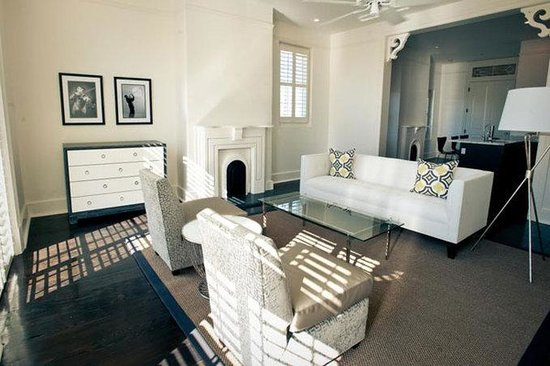 Melrose Mansion: Esplanade Executive Living Room Part 96