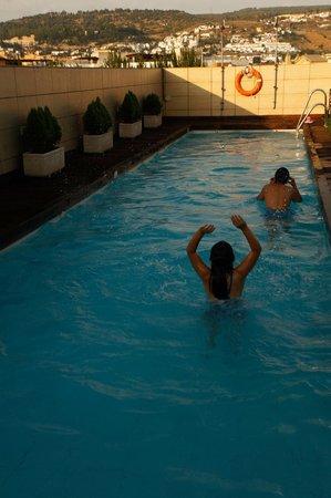 Hotel Andalucía Center: Pool