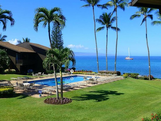 Mahina Surf: Ocean Front Property - Beautiful Ocean Views!