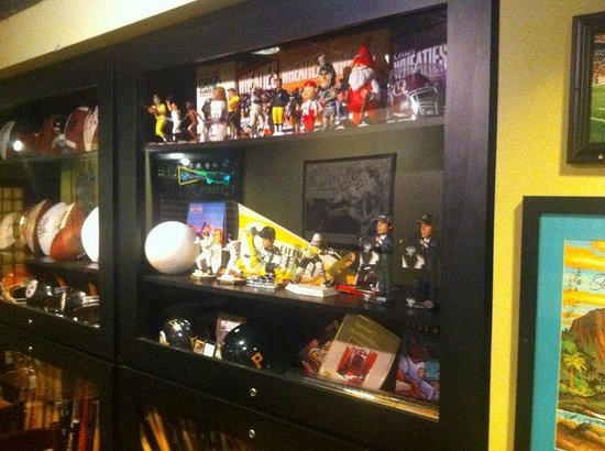 Clark Bar & Grill: Collectables