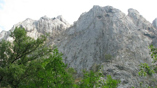 Cheile Turzii - Turda Gorge: it is a mountain or a human face?