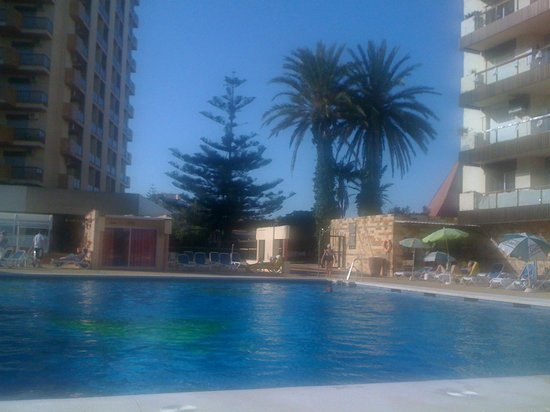 Hotel Las Piramides : Clean and well maintained pool area