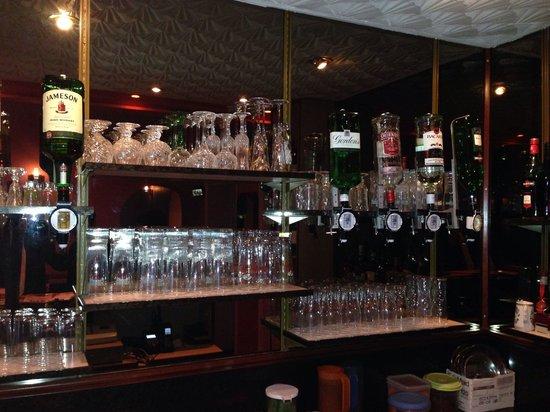 The Viceroy: Bar
