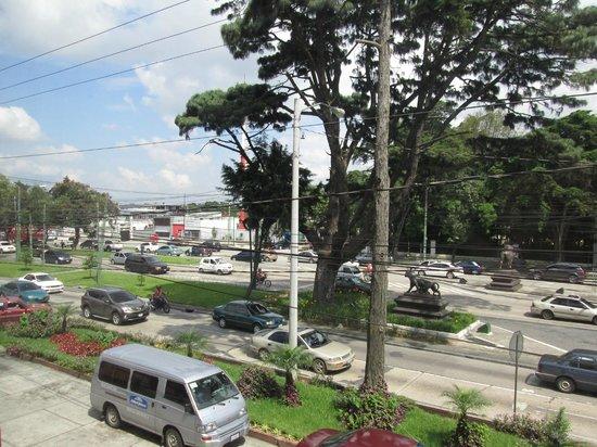 Howard Johnson Inn Guatemala City: another view