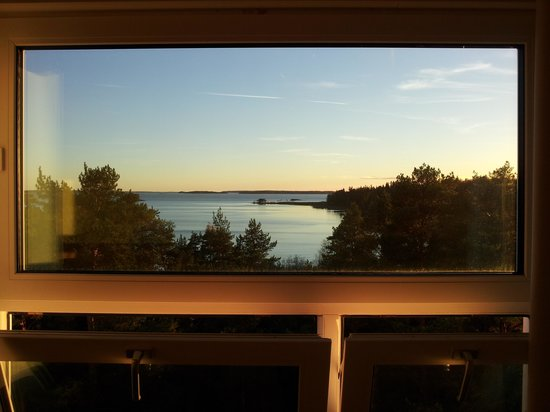 Ruissalo Spa Hotel : Sunset view from my room.