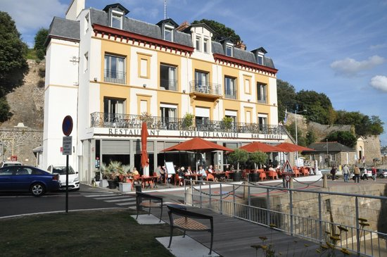 l 39 h tel avec la mer picture of hotel de la vallee dinard tripadvisor. Black Bedroom Furniture Sets. Home Design Ideas