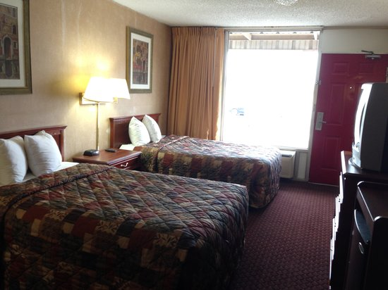 Americas Best Value Inn - Tulsa West (I-44): Double bed room
