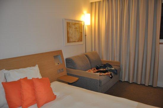 Novotel Paris Gare de Lyon: Twin Beds with Sofa