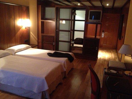 Hotel Dona Brigida: Amplia habitación