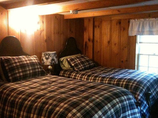 Snowvillage Inn: Our cosy room