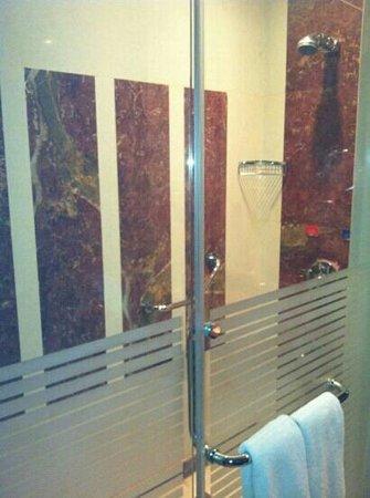 Holiday Villa Madinah: small room