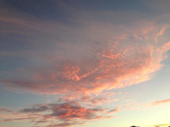 Villa Monica B&B : Clouds at sunrise