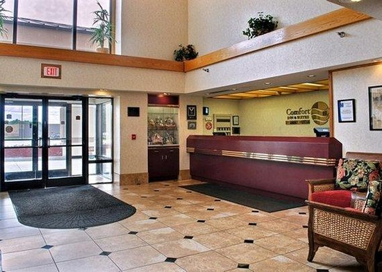 Quality Inn and Suites : Lobby