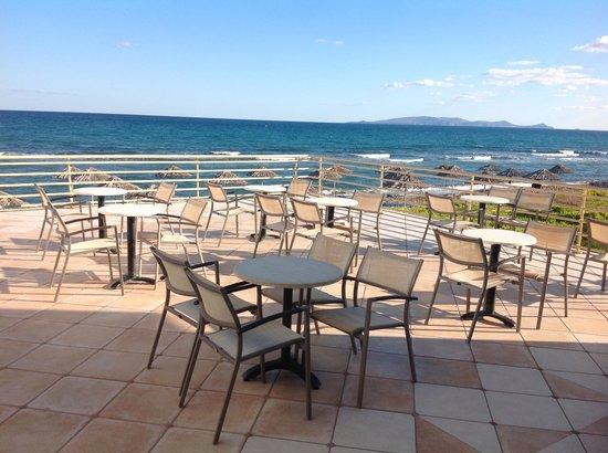 Civitel Creta Beach: Terrasse du Bar