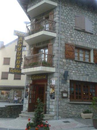 Hotel Araguells: fachada hotel